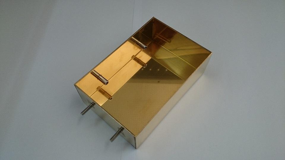 X線装置 真鍮カバー 曲げと隙間のない溶接