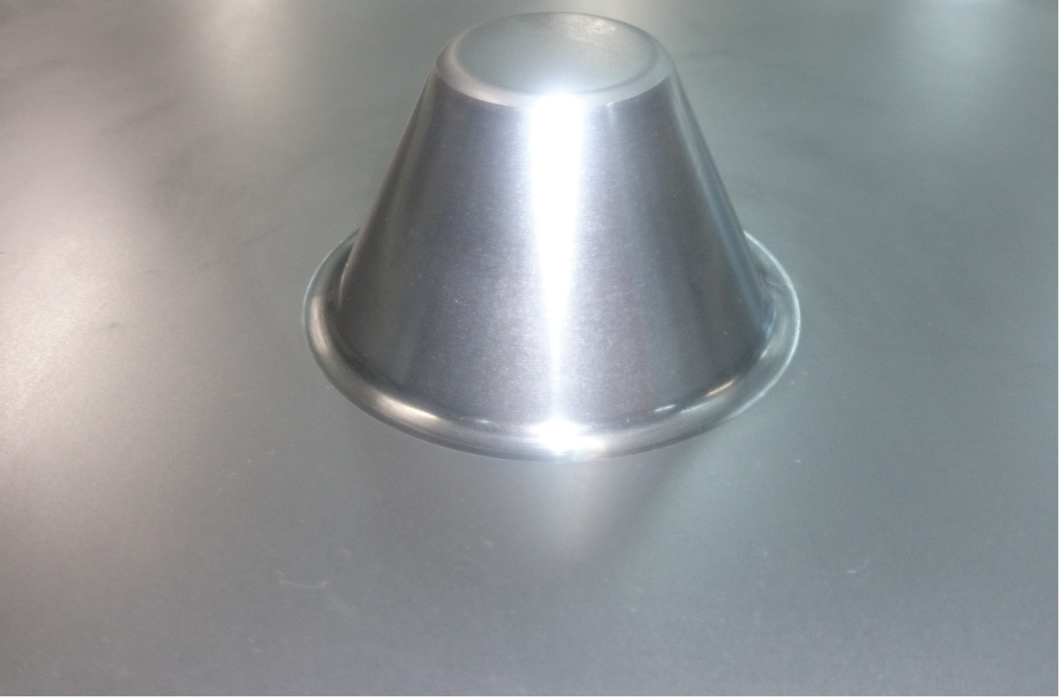 円錐の絞り加工(インクリメンタルフォーミング)