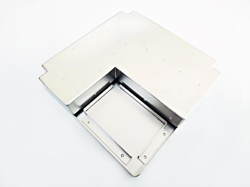 精密板金加工で作られたケース